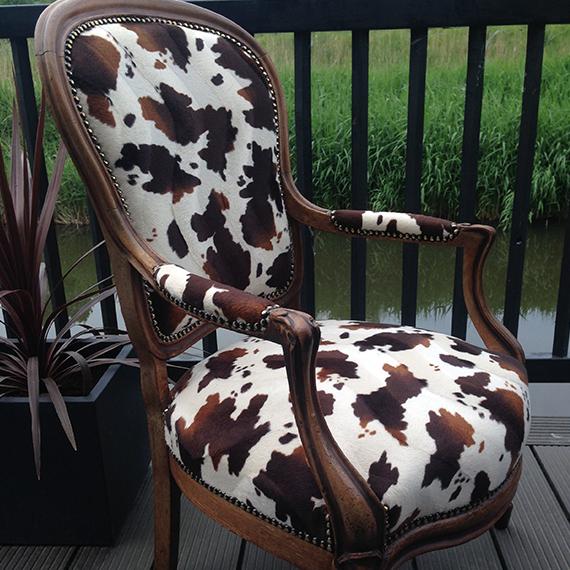 Koeienstoel bruin/wit